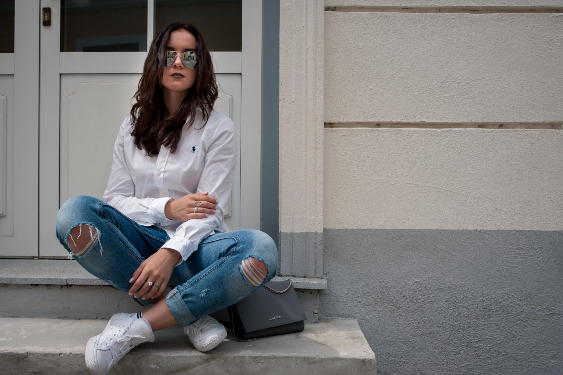 First Blogpost: Blue Jeans / White Shirt