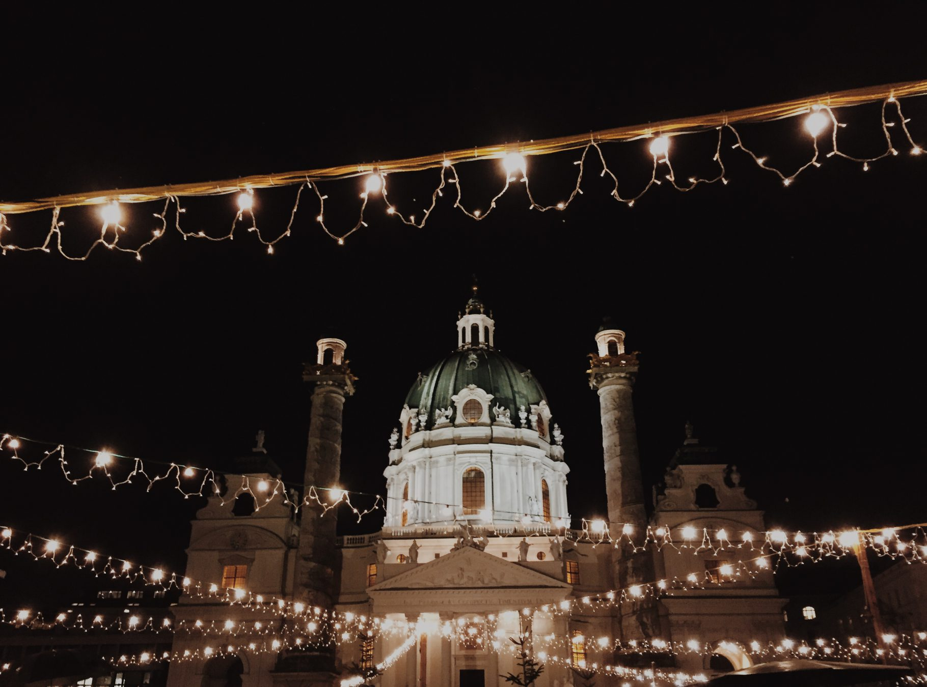 WIEN ? CHRISTKINDLMARKT EDITION