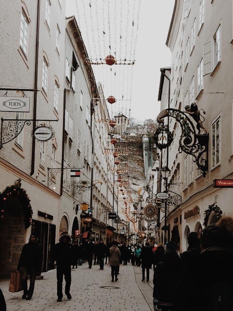 Salzburg // Christkindlmarkt Edition Getreidegasse
